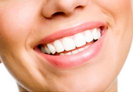 銀歯は使わない