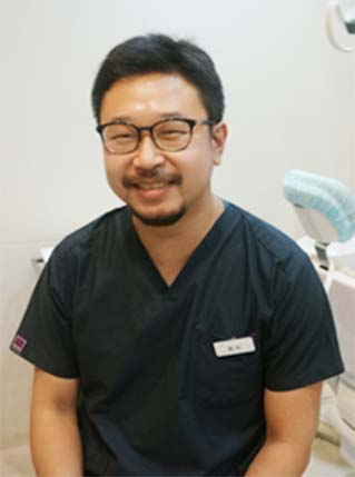 岡村 浩太 歯科医師