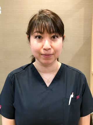 梅田 麻弥 歯科医師